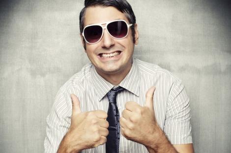 man_sunglasses_thumbs_up-100576529-primary_idge